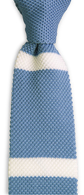 Necktie knitted light blue stripe